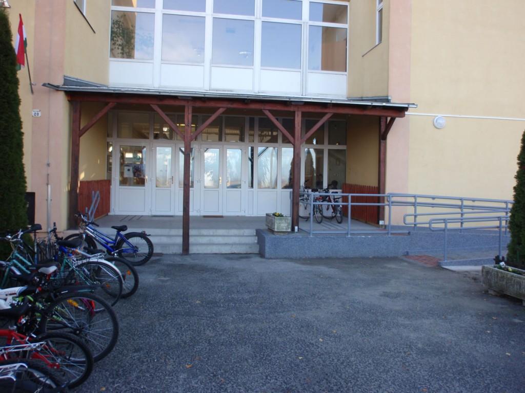 Kisbajcsi iskola
